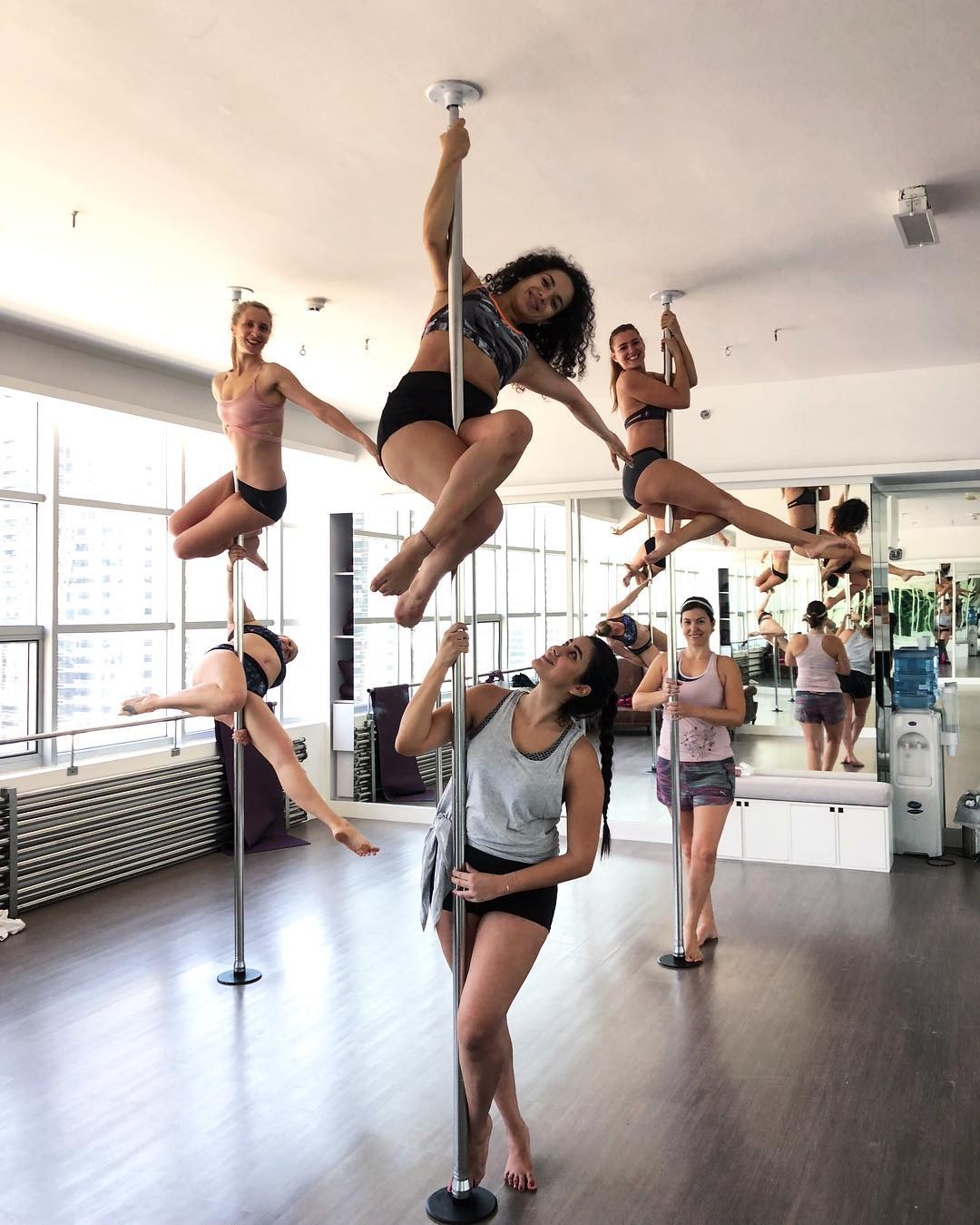 Milan Pole Dance Studio::Fit On Click